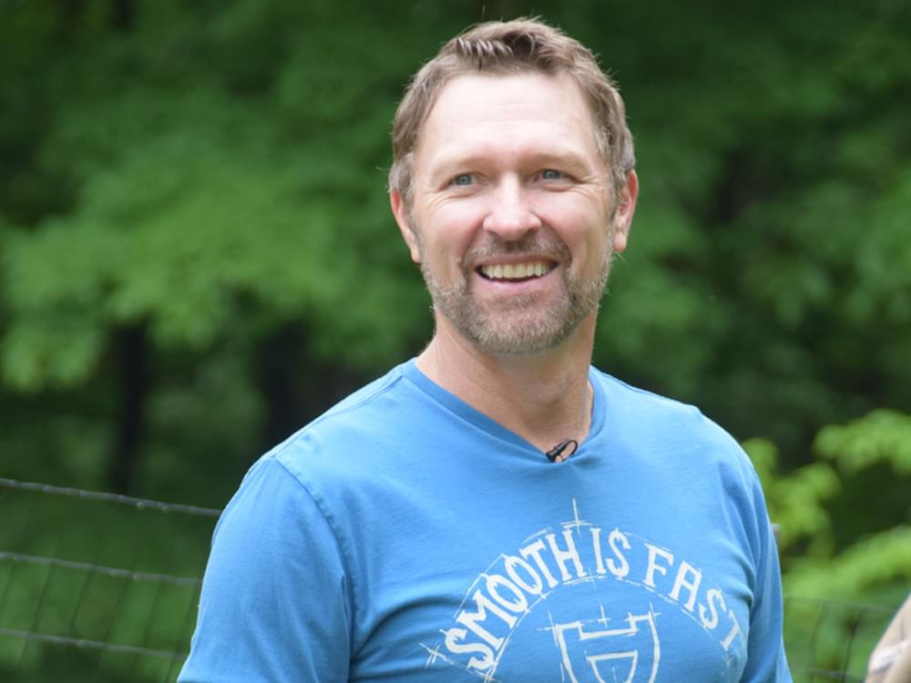 """Craig Morgan to Release """"The Father, My Son & the Holy Ghost"""" to Country Radio as Official Single on Oct. 7"""