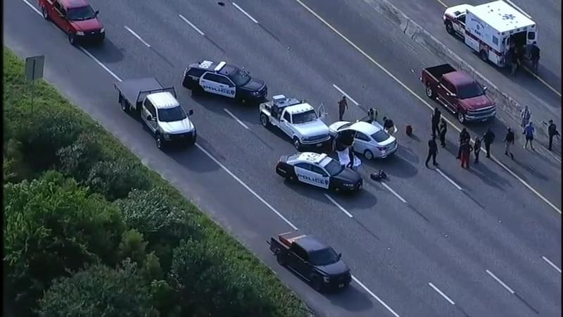 AR-15 Gunman on the Run After Getting Out of Car & Killing 2 on Houston Freeway