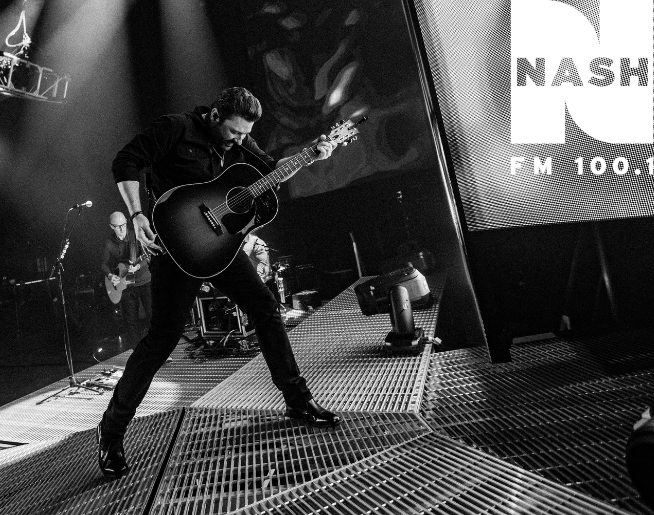 NASH FM WELCOMES CHRIS YOUNG TO MIZZOU ARENA