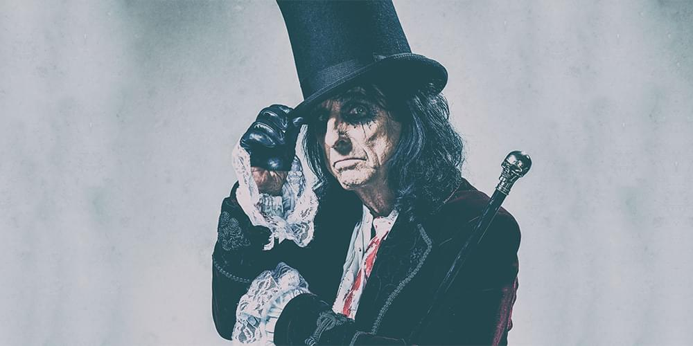 95 KGGO Welcomes Alice Cooper to Des Moines