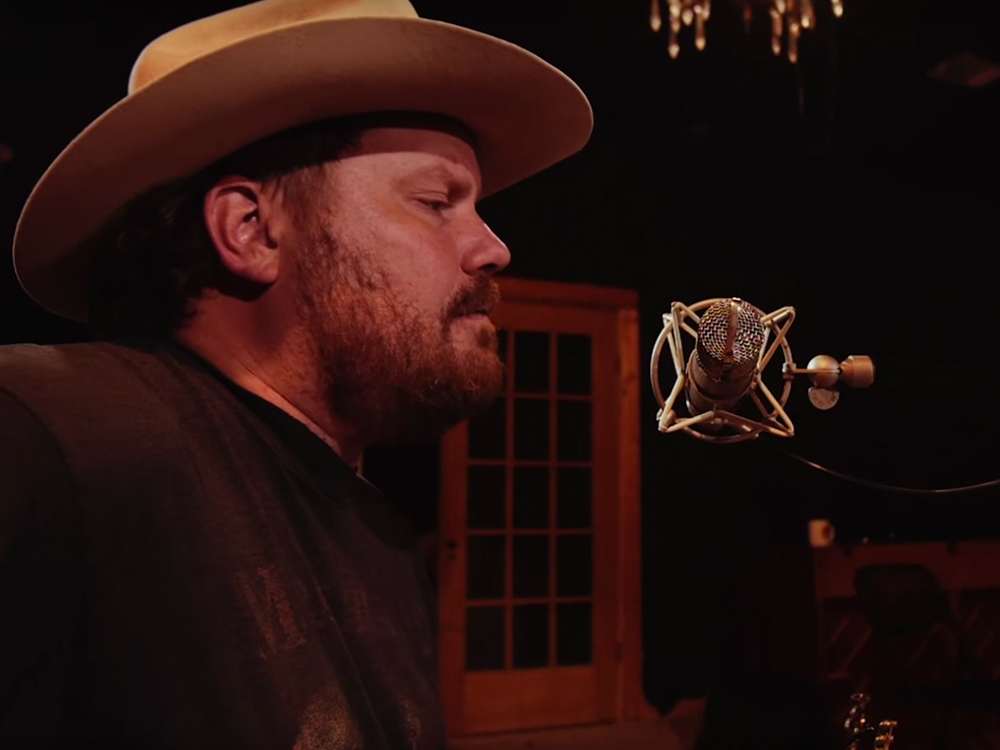 "Watch Texas' Randy Rogers Honor Lone Star State Luminary George Strait by Covering His Hit Tune, ""Wrapped"""