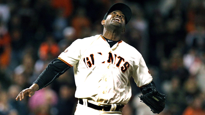 Krueger: Too early to get concerned about Giants' bullpen, defensive issues