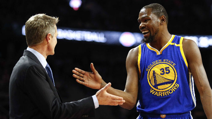 Kerr keeps Warriors winning with yoga, creative approach