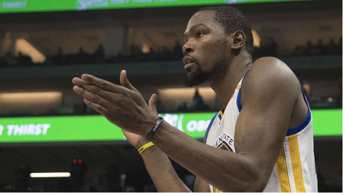 Durant becomes first NBA player to score 40 points on just 16 shots