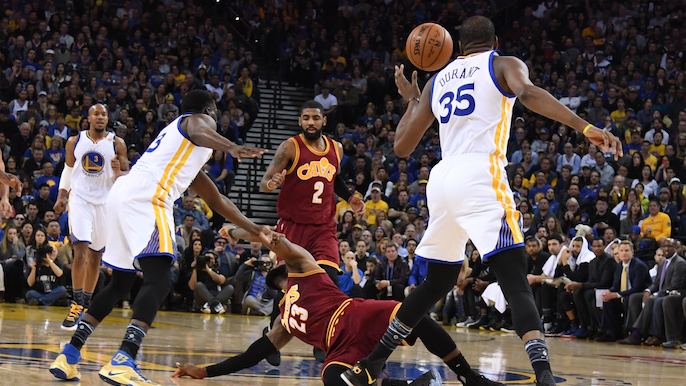 Draymond Green lays LeBron James out at half court