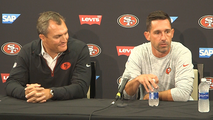 Hired for his offense, Shanahan already impressing players with defensive knowledge