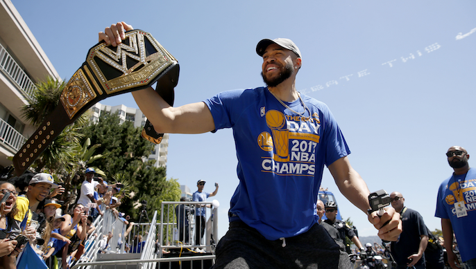Warriors to re-sign JaVale McGee [report]