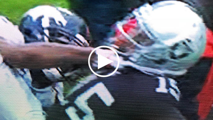 Raiders-Broncos brawl starts after Talib snatches Crabtree s chain for  second straight season 259b0f27a