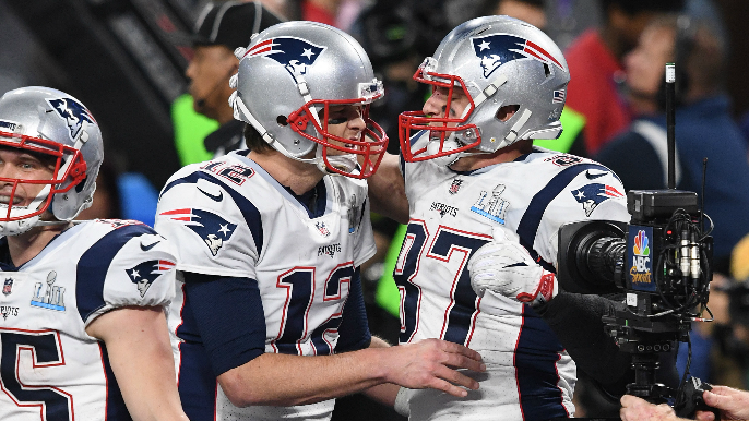 Belichick wanted to trade Gronkowski to 49ers, Brady threatened to retire if deal went through [report]