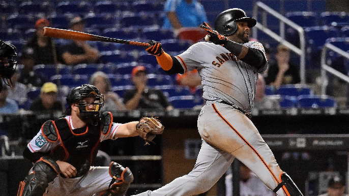 Sandoval's tie-breaking single lifts Giants in 16 innings