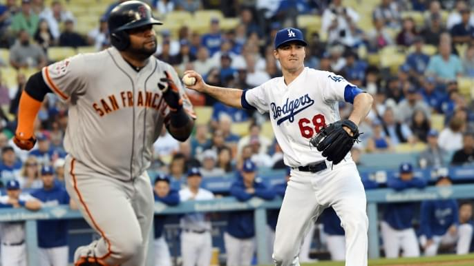 Fatigued Giants fall to Stripling, Dodgers