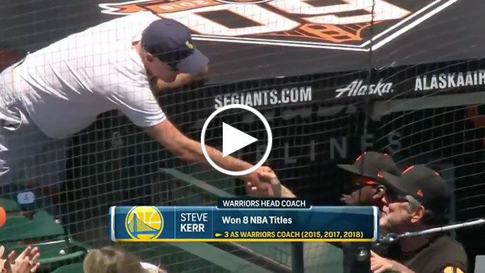 Kerr gets standing ovation at AT&T, chats with Bochy