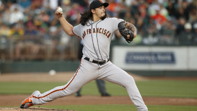 Rodriguez lights-out as Giants even Bay Bridge Series