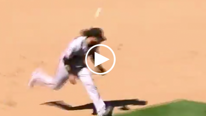 Brandon Crawford analyzes what went wrong in game-ending misplay