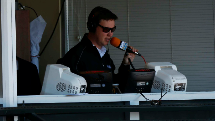 Broadcaster Dave Flemming, Giants agree to four-year contract [report]