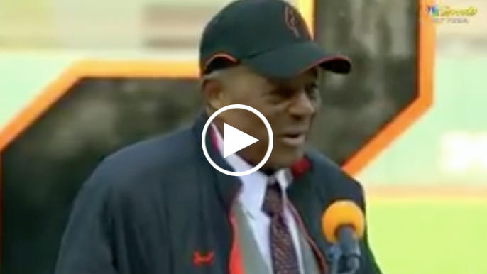 Willie Mays recalls taking care of baby Bonds, calls for induction into Hall of Fame