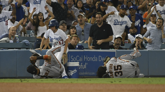 Bochy provides update on Crawford following collision