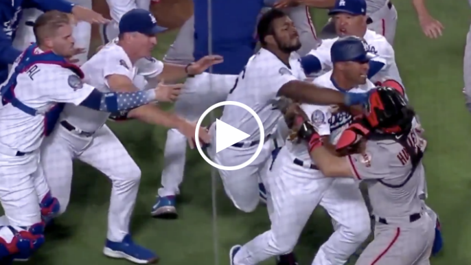 Hundley, Puig ejected after benches clear at Giants vs. Dodgers
