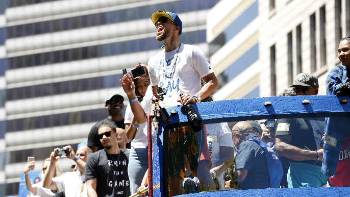 Curry wants to finish career with Warriors: 'This is home'