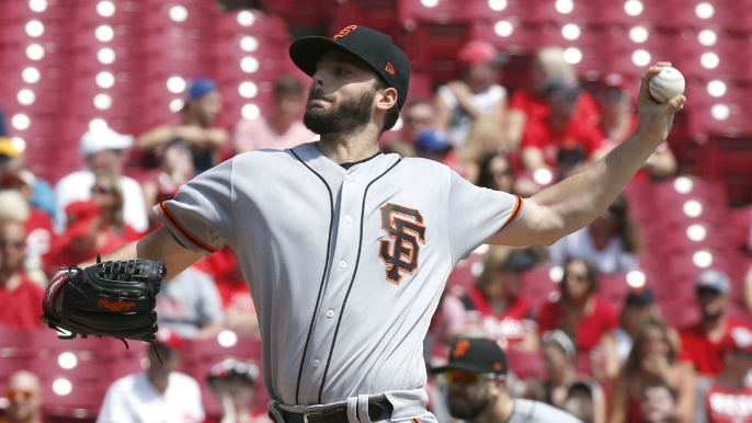 Suarez rocked, Giants swept by Reds with another lopsided loss