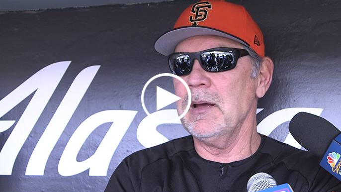 Bochy details hip injury that shut down Buster Posey