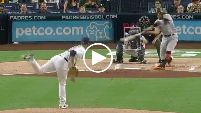 Hunter Pence hits moonshot 2-run homer to give Giants the lead over Padres