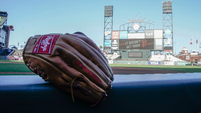 Giants select left-handed pitcher, outfielder in Rule 5 draft