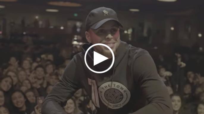 Stephen Curry surprises hundreds of Bay Area high schoolers with free pairs of signature shoe