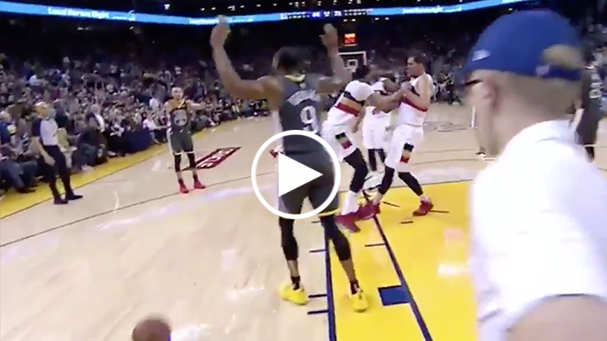 Steph really didn't want Iguodala to shoot full-court shot after buzzer