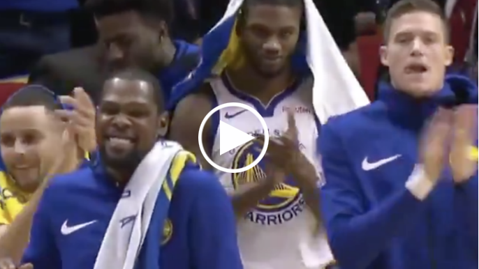 Warriors bench gives Cousins standing ovation after fouling out in 15 minutes