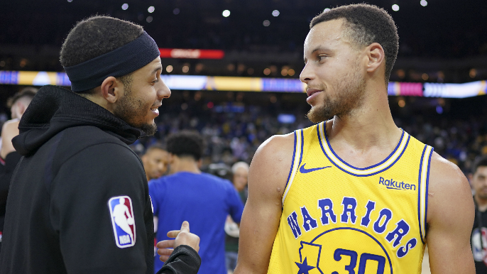 Curry brothers place bet on 3-point contest