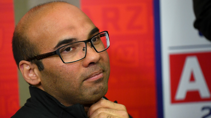 Farhan Zaidi discusses when Giants might make move to address outfield