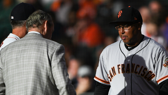 Giants celebrate hitting coach Alonzo Powell after he completes radiation treatment [report]