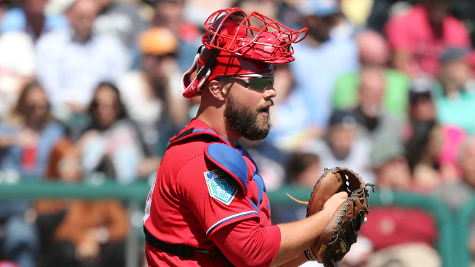Giants trade catcher to Tigers for cash considerations