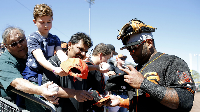 Sandoval to potentially start a game in the outfield this spring [report]