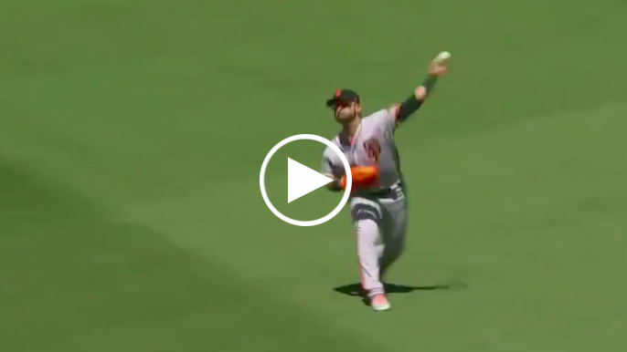 Gerardo Parra saves run with bullet throw from right field to first base