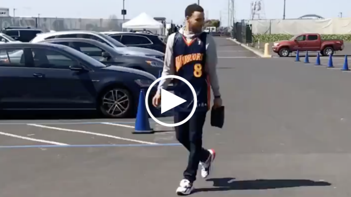 Steph explains decision to wear Monta jersey before final game at Oracle