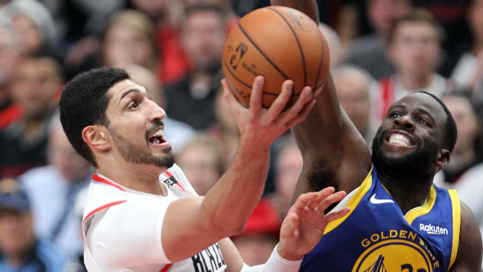 Draymond Green carries Warriors to comeback Game 3 win over Blazers