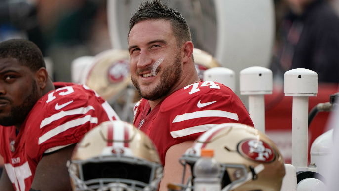 49ers sign Joe Staley to two-year contract extension