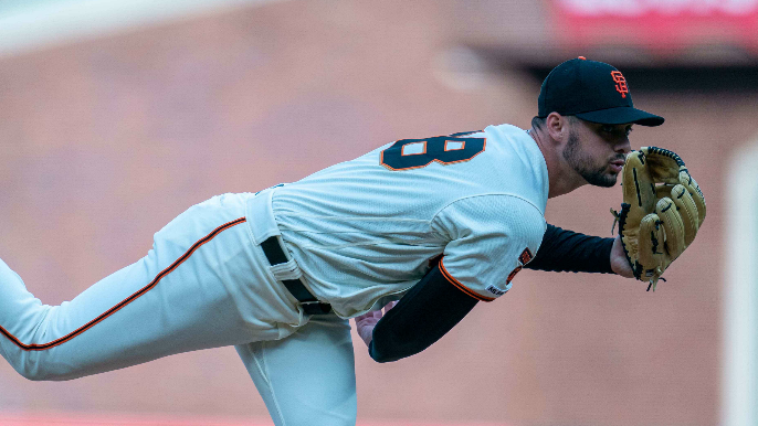 Giants finally break through and rally to beat Padres