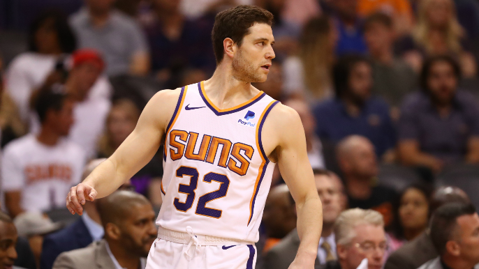 Suns decline Jimmer Fredette's team option 'clearing way' for him to join Warriors' summer league team [report]