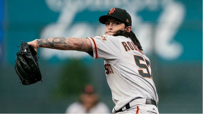 Giants close gap further in suddenly interesting wild-card race