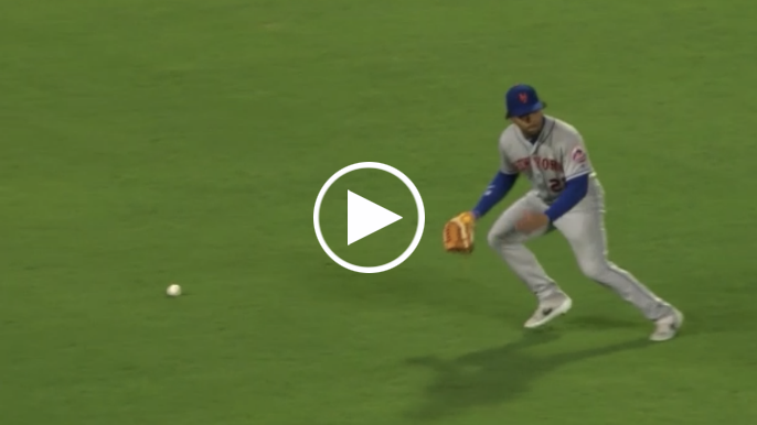 Giants walk-off in 10th inning thanks to Mets dropped fly ball