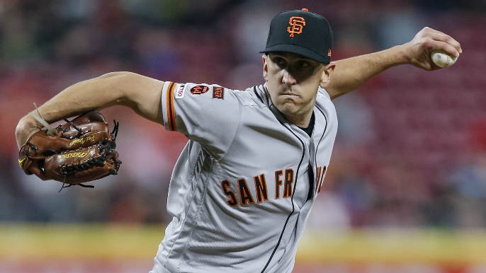 Giants pitcher Pat Venditte taking leave of absence after wife's brain hemorrhage