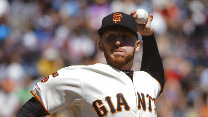 Giants cut reliever and make some intriguing roster room