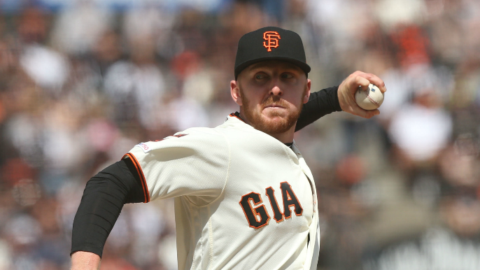 Giants officially lose reliever to Blue Jays