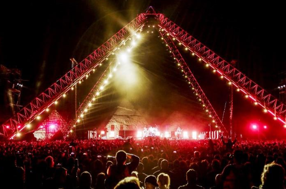 Red Hot Chili Peppers Perform In Front Of Egypt's Great Pyramids