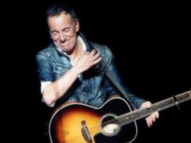 Springsteen Puzzles Fans With Clandestine Photos