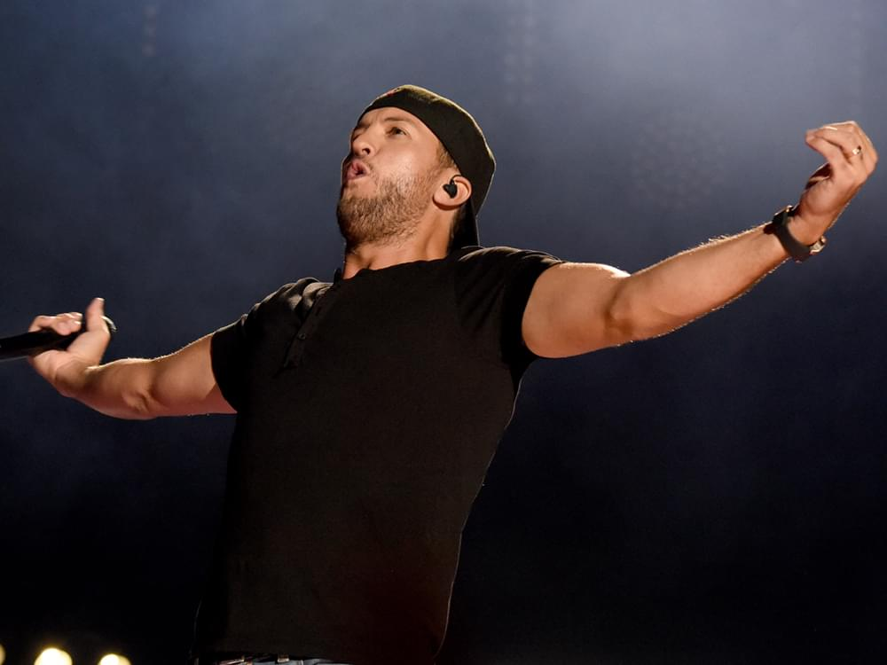"Luke Bryan Adds Final Stop on ""Sunset Repeat Tour"""