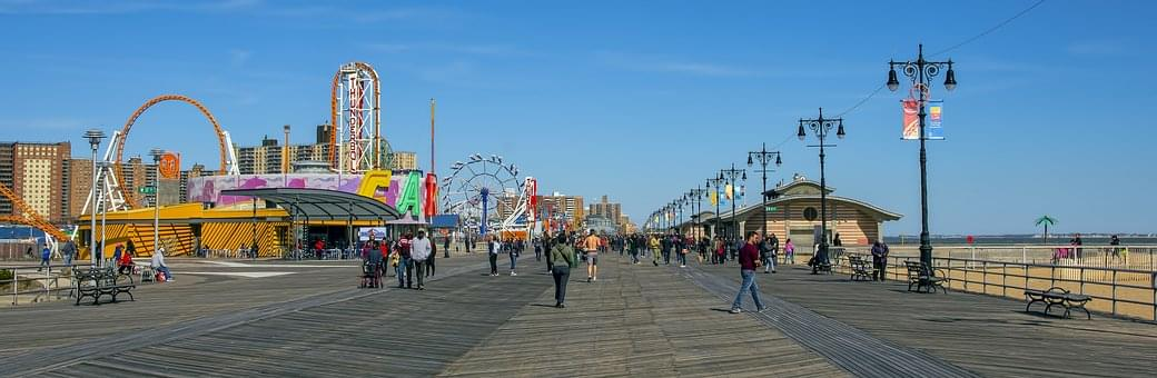 Boardwalk Games at the Jersey Shore, rigged??  (Duh!!)